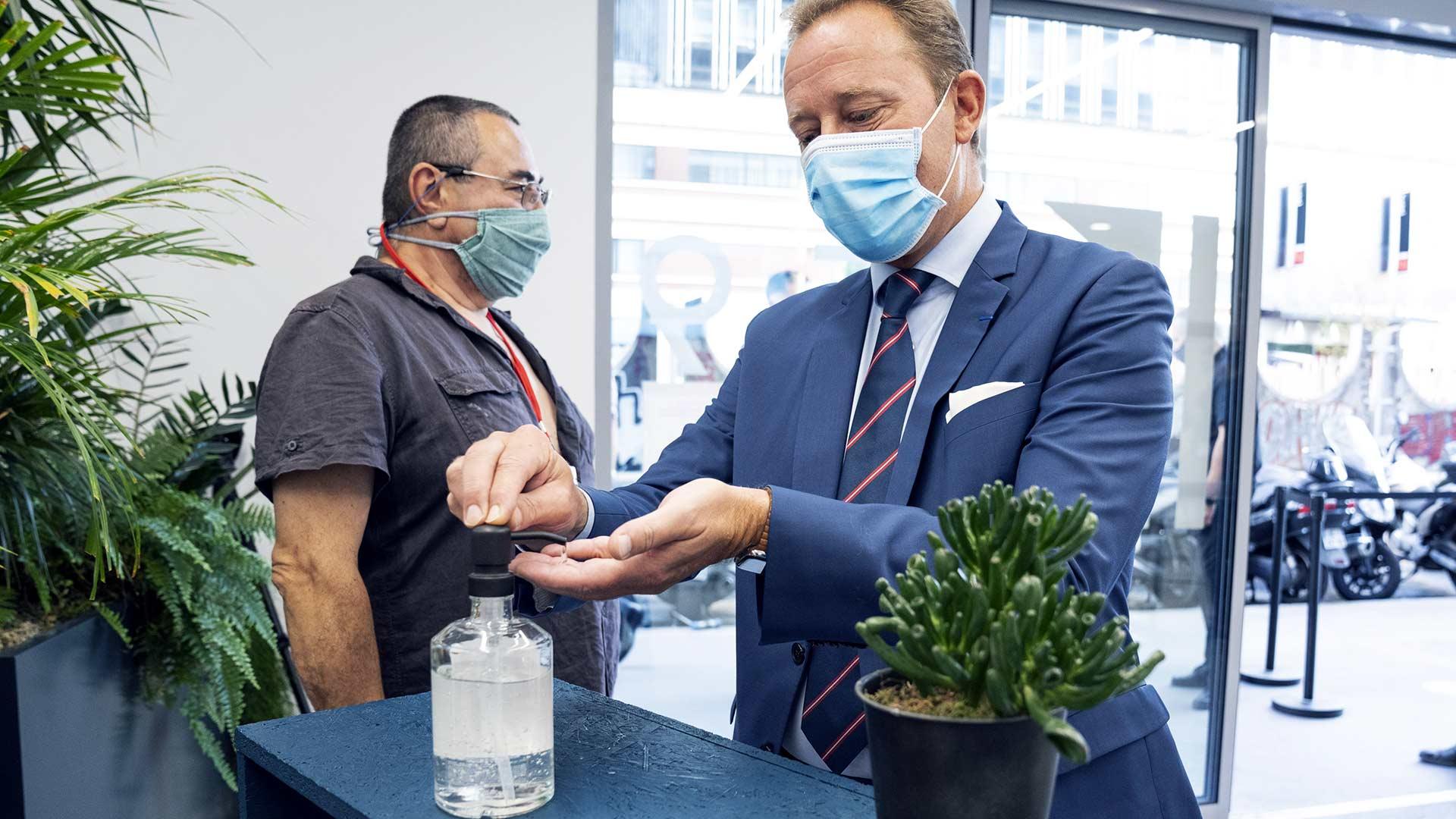 Les Trophées de l'Environnement édition 2020 visites gel hydroalcoolique
