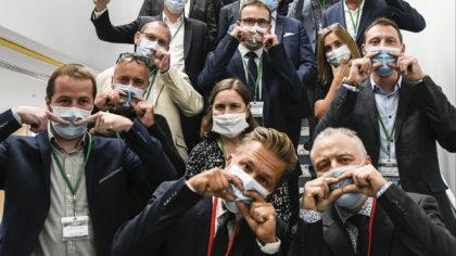 Les Trophées de l'Environnement Photo équipe avec masques COVID 19